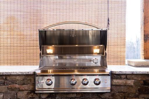Outdoor Kitchens 9